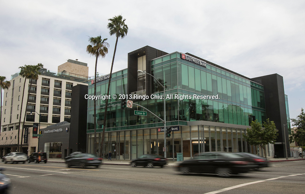 EastWest Bank new branch at 9378 Wilshire Boulevard in Beverly Hills. (Photo by Ringo Chiu/PHOTOFORMULA.com)