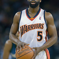 15 April 2007: #5 Baron Davis of the Warriors is seen at the free throw line during the Golden State Warriors 121-108 victory over the Minnesota Timberwolves at the Oracle Arena in Oakland, CA.