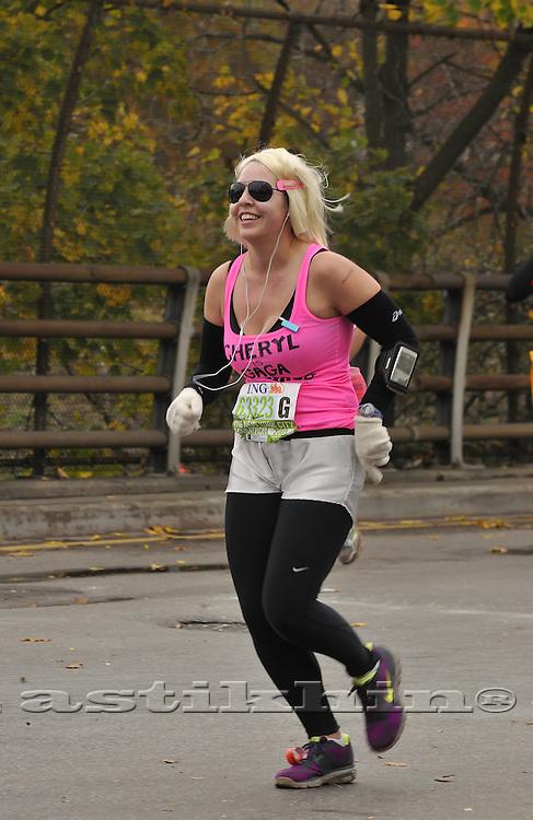 Cheryl 63323 on run