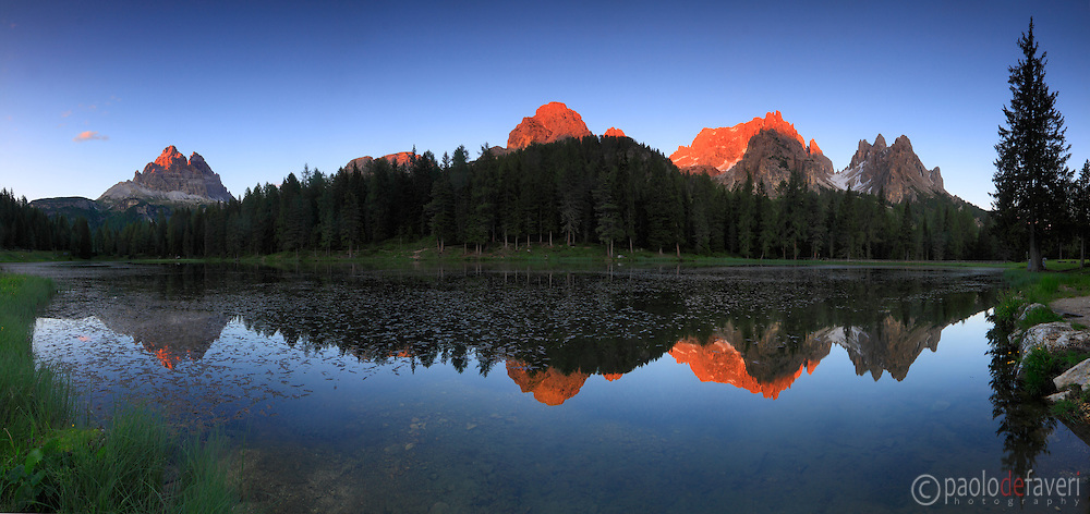 Lake Antorno at sunset with the Cadini di Misurina group in the background