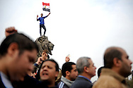 Anti Mubarak protesters gather at the Qasr El Nil bridge entering into Tahrir Square in Cairo, February 1, 2011. Ann Hermes/© The Christian Science Monitor 2011