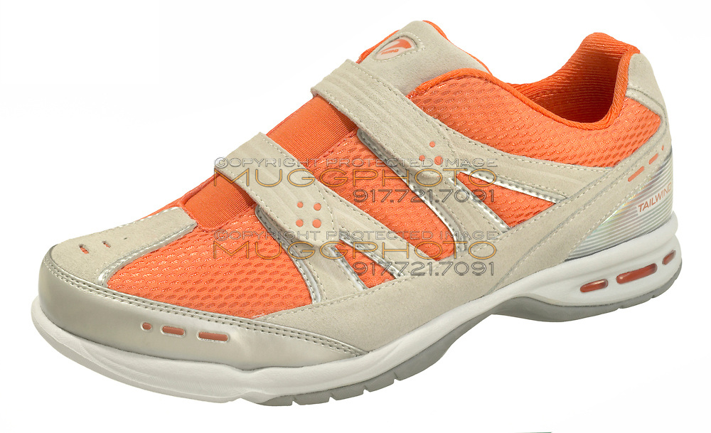 tailwind althletic shoe