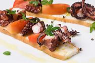 Reison Frioni, Carpaccio Bar, Revista BienmesabePortafolio de fotografía de Gastronomía.Foto: Ramon Lepage