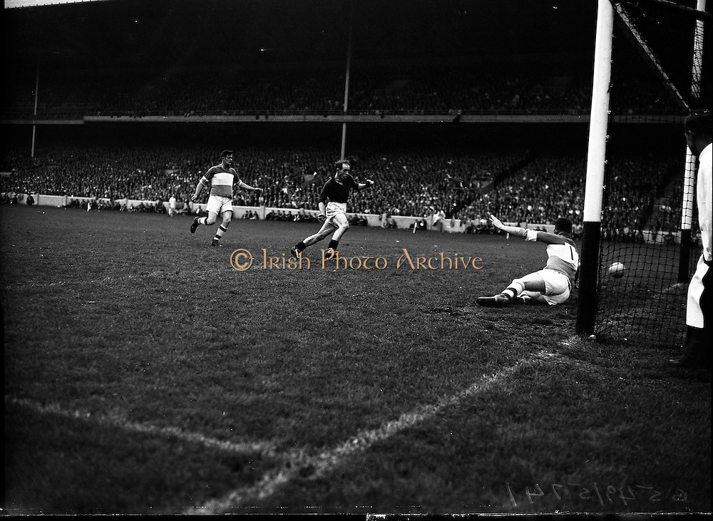 Football - All Ireland Semi Final Replay Down vs Offaly.11/09/1960