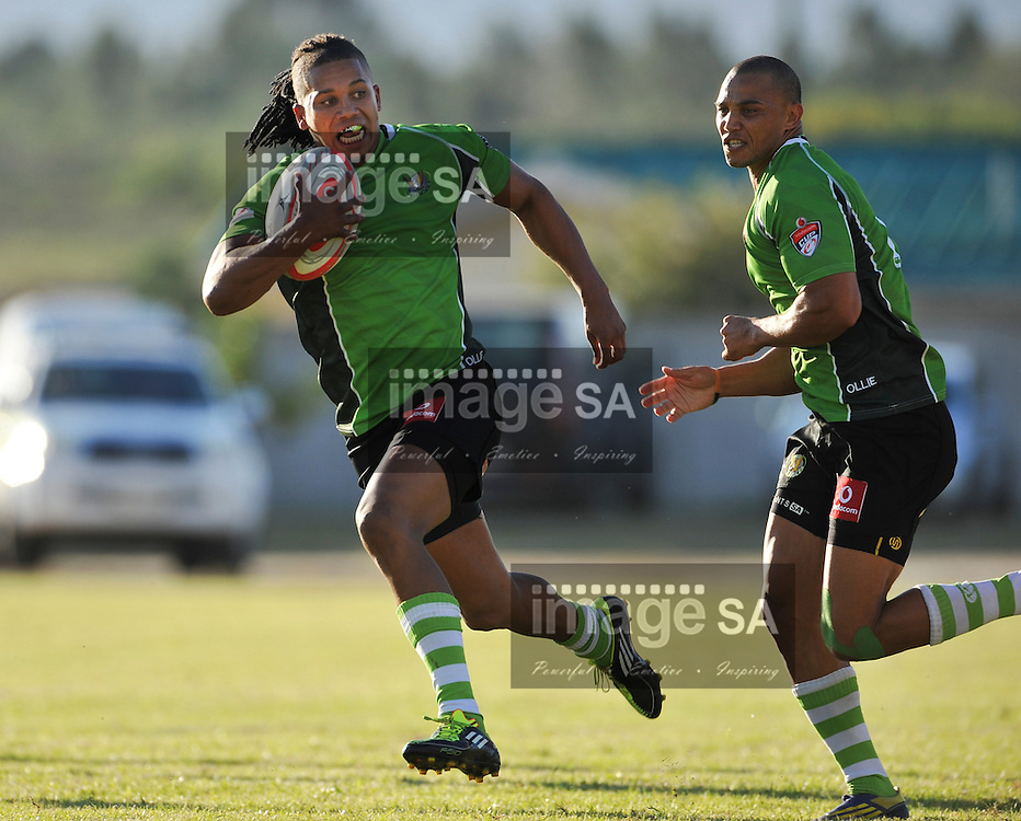 ALBERTINIA, SOUTH AFRICA - Saturday 2 May 2015, Kirsten Heyns of SWD Eagles on his way to score a try during the Vodacom Cup rugby match between the SWD Eagles and Border Bulldogs at the Albertinia Rugby Club.<br /> Photo by Roger Sedres/ImageSA/SARU