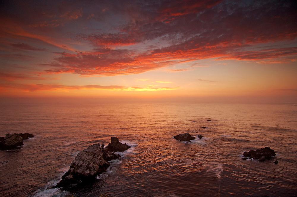 Sea Stacks along Big Sur Coast, Highway 1, Cabrillo Highway, Big Sur, California, United States of America