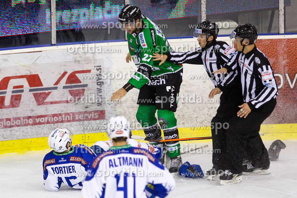 26.09.2014, Hala Tivoli, Ljubljana, SLO, EBEL, HDD Telemach Olimpija Ljubljana vs EC VSV, 5. Runde, in picture Fight between Kyle Medvec (HDD Telemach Olimpija, #22) vs Francois Fortier (EC VSV, #15) during the Erste Bank Icehockey League 3. Round between HDD Telemach Olimpija Ljubljana and EC VSV at the Hala Tivoli, Ljubljana, Slovenia on 2014/09/26. Photo by Matic Klansek Velej / Sportida