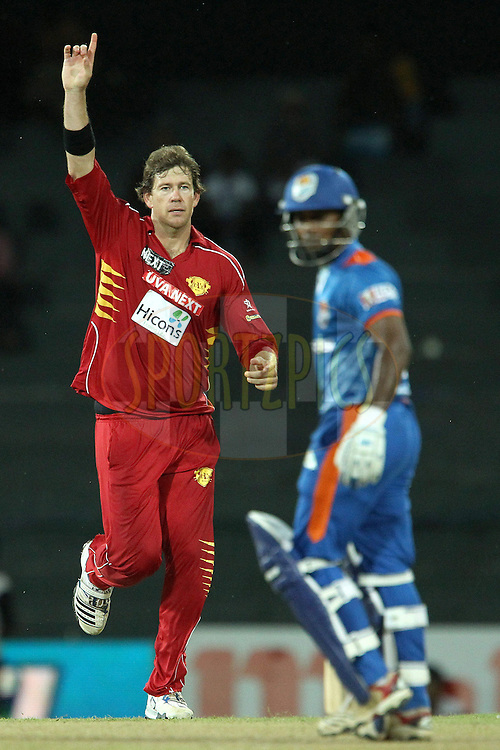 Jacob Oram celebrates the wicket of Udara Jayasundera during match 21 of the Sri Lankan Premier League between Uva Next and Nagenahiras held at the Premadasa Stadium in Colombo, Sri Lanka on the 27th August 2012. .Photo by Ron Gaunt/SPORTZPICS/SLPL