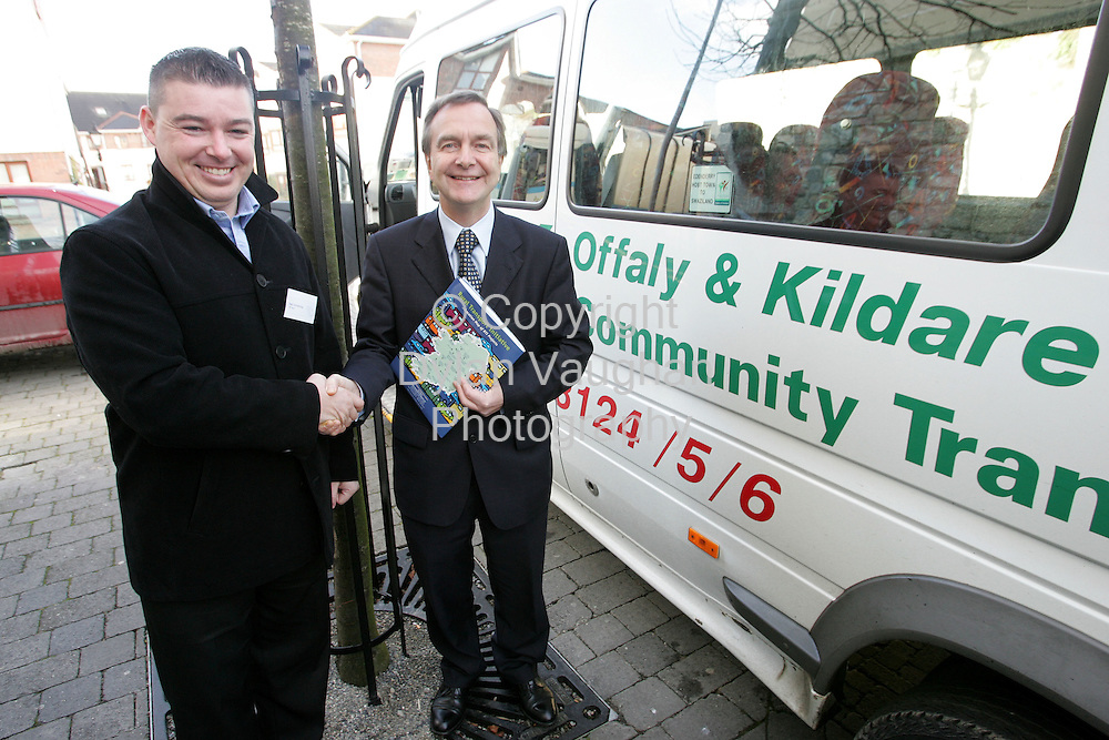 28/11/2005.Free picture no charge..Minister for Transport Martin Cullen T.D pictured with Neil Armstrong of OK Bus , Offaly and Kildare Commuinity Transport,at the National Conference on the Rural Transport Initiative at the Kilkenny Ormonde Hotel..Picture Dylan Vaughan