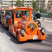 This tram is actually part of Palmas official city transportation network lol