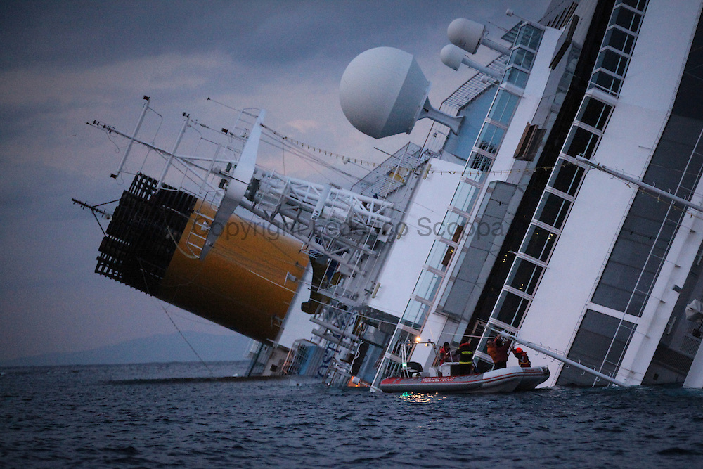 Rescue team at work on the Costa Concordia cruise ship
