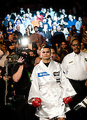 Amir Khan beats Maidana