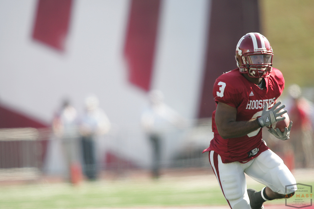 01 November 2008: Indiana running back Zach Davis-Walker (3) as the Indiana Hoosiers played Central Michigan in a college football game in Bloomington, Ind....