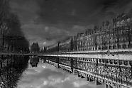 Paris in trouble waters . paris en eaux troubles PR615NA