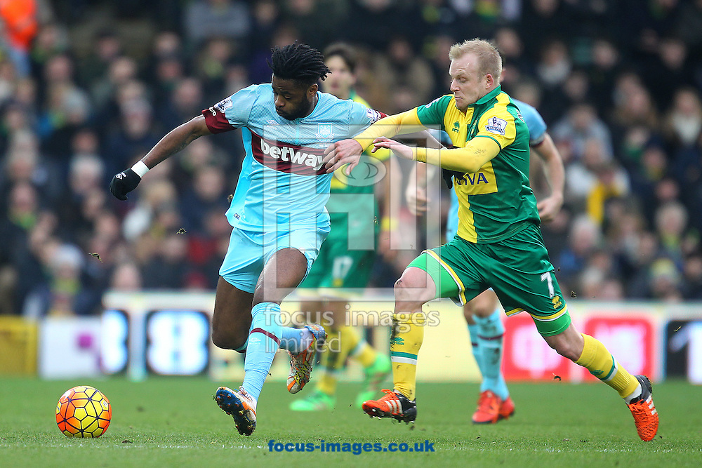 Alex Song of West Ham and Steven Naismith of Norwich in action during the Barclays Premier League match at Carrow Road, Norwich<br /> Picture by Paul Chesterton/Focus Images Ltd +44 7904 640267<br /> 13/02/2016