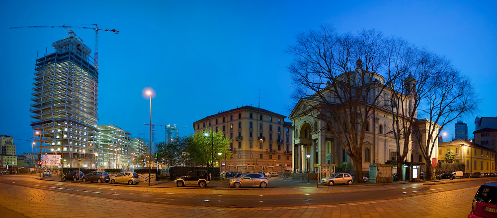 Italy,Lombardy,Milan,Milano, Panorama, Night,viale della Liberazione
