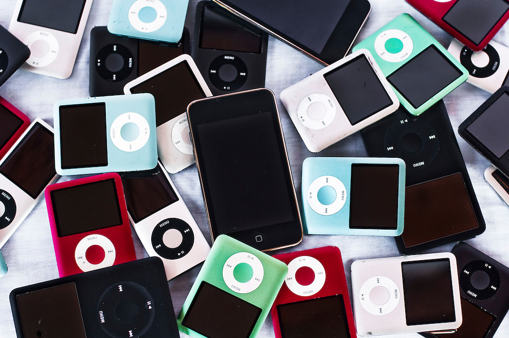 Ipods are probably the most common item lost on airplanes. Prices differ depending on models...The Unclaimed Baggage Center is a retail store located in Scottsboro in Jackson County, Alabama. The store's concept is the reselling of lost or unclaimed airline luggage. Over a million customers visit the 50,000-square-foot (4,600 m2) store each year to browse through some of the 7,000 items added each day.