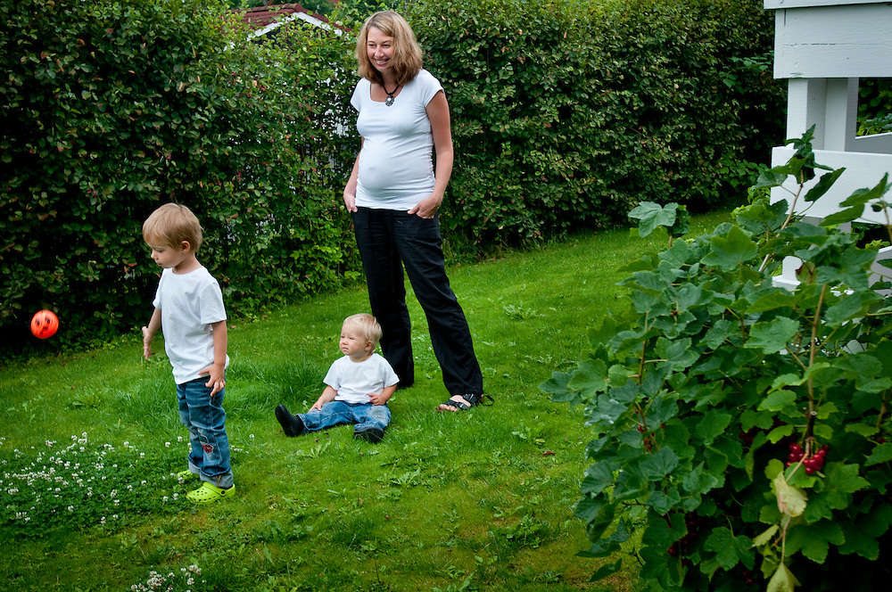 Silvija Seres, with her children Thomas (1) and Sander (3), a norwegian professional woman is a member of a number of boards...Photographer: Chris Maluszynski /MOMENT
