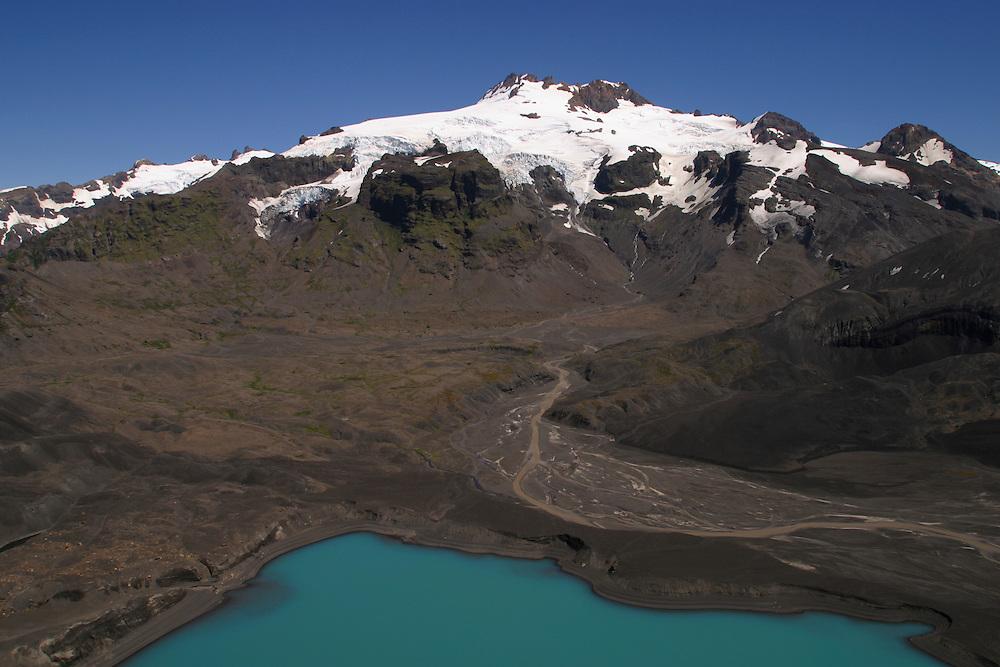 Aerials near the Yulton Lake area, Chile, Feb. 6, 2004. Daniel Beltra/Greenpeace.
