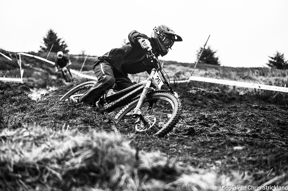 Ae Forest, Dumfries, Dumfries & Galloway, Scotland, UK. 2nd April 2016. Danny Hart of team MS Moondraker during the 1st round of the British Downhill Series on the iconic 7Stanes trails in Ae Forest near Dumfries.