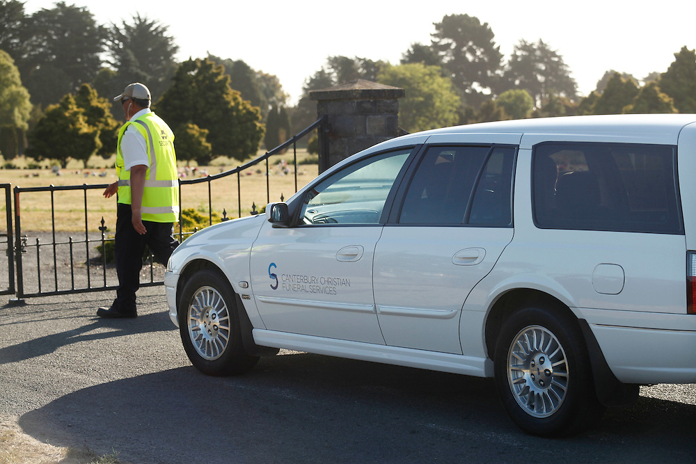 Hearse arriving at Police operations at the Ruru Lawn Cemetery where they have removed human remains, expected to be those of missing teenager Hayden Miles, Christchurch, New Zealand, Tuesday, December 13, 2011.  Credit:SNPA / Pam Johnson
