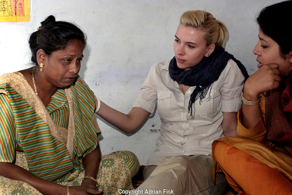 Scarlett comforts 43 yr old Uma Mahajan as she tells her harrowing tale of being abused by her first husband and again by her second husband. Change makers is a grass roots organsation helping to empower women who have been physically or sexually abused in the home.