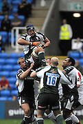 Reading, GREAT BRITAIN,  Exiles, Kieran ROCHE, collect the line out ball, during the Guinness Premiership match London Irish vs Newcastle Falcons, at Madejski. England, Sun. 23.09.2007  [Mandatory Credit, Peter Spurrier/Intersport-images].....