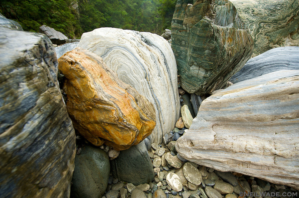 A look at the variety of colors of rock that can be found in the same small river valley near Taroko Gorge National Park in Taiwan.