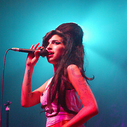 Amy Winehouse at the Carling Academy, Glasgow 2007