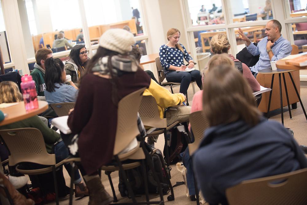 Gonzaga alumnus and author Jeff Koehler visits a classroom Oct. 12 as part of the Gonzaga University Visiting Writers Series. (Gonzaga photo)