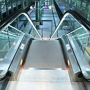 escalator going down