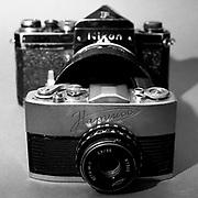 Nikon F 35mm SLR and Narciss 16mm sub miniture SLR camera size difference!
