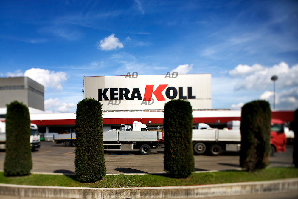 Kerakoll is one of the chemical companies for building the biggest in the world, with significant presence in international systems of professional installation, chemicals specialized solutions for the recovery of real estate assets. Kerakoll now employs over 1,100 direct employees, with an average age of 35 years, has 15 subsidiaries in Europe, U.S., Asia and Australia, exporting nearly 40% of production in over 100 countries. *** Local Caption *** The Kerakoll Technology Center in Sassuolo (Modena), where are located the laboratories for research and development. The Group has started work on the new (fully eco-compatible) that will be completed by 2010.