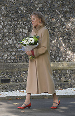 OCT 07 2014 Lynsey de Paul funeral