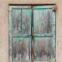 An old window in Menton.