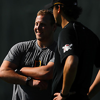 BRADENTON, FL -- January 13, 2010 -- Pittsburg Pirates pitchers Evan Meek, left, and Charlie Morton chat during workouts at the Pirate City Spring Training Headquarters in Bradenton, Fla., on Wednesday, January 13, 2010.  (Chip Litherland for the Chip Litherland for the Pittsburgh Tribune-Review)