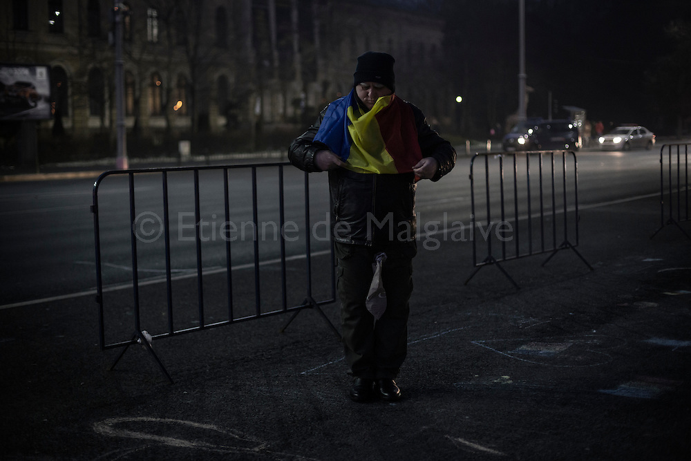 Protesters gathered in front of the government headquarters at the Victory square are now demanding resignation of PM Sorin Grindeanu. 18 February 2017.