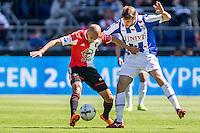 ROTTERDAM - Feyenoord - SC Heerenveen , Stadiond de Kuip , Voetbal , Eredivisie Play-offs Europees voetbal, seizoen 2014/2105 , 24-05-2015 , Feyenoord speler Karim El Ahmadi (l) in duel met SC Heerenveen speler Joey van den Berg (r)