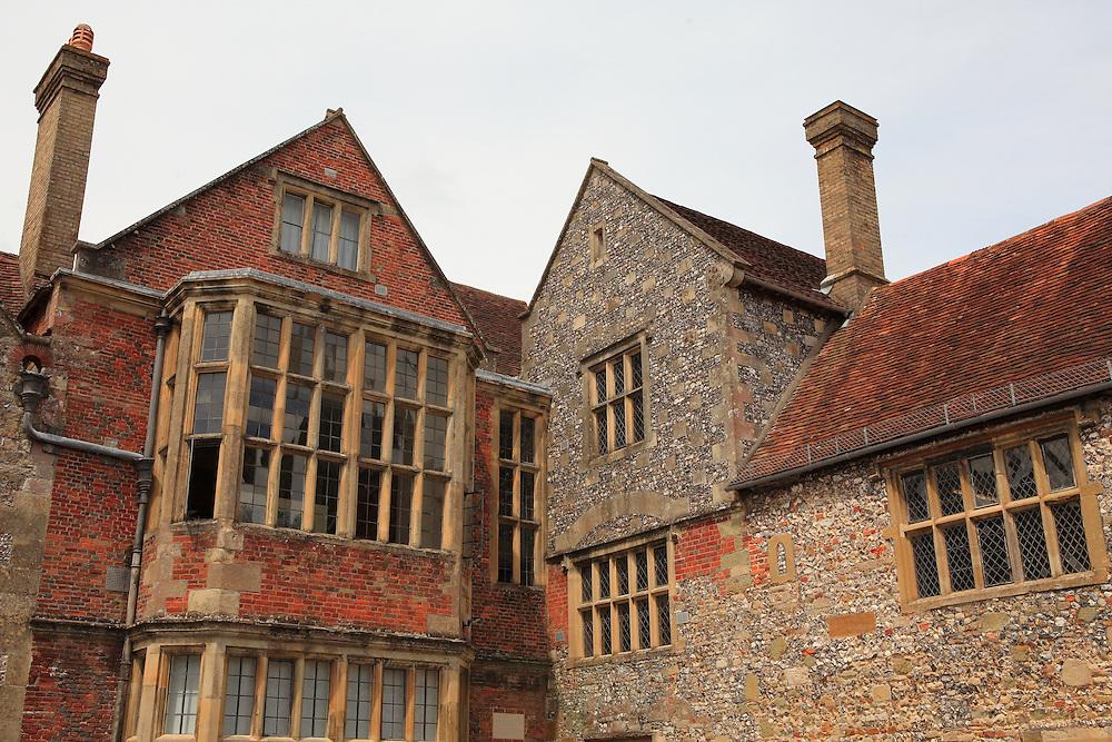 Brick Patchwork Manor -Salisbury, UK