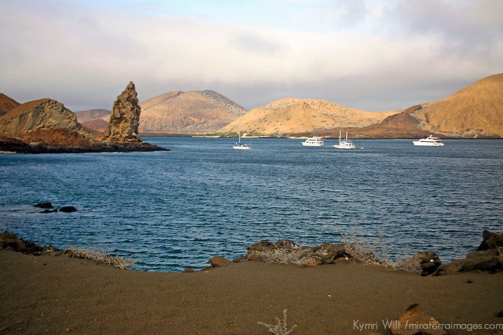South America, Ecuador, Galapagos Islands, Bartholomew Island. Pinnacle Rock and bay of bartholomew Island.