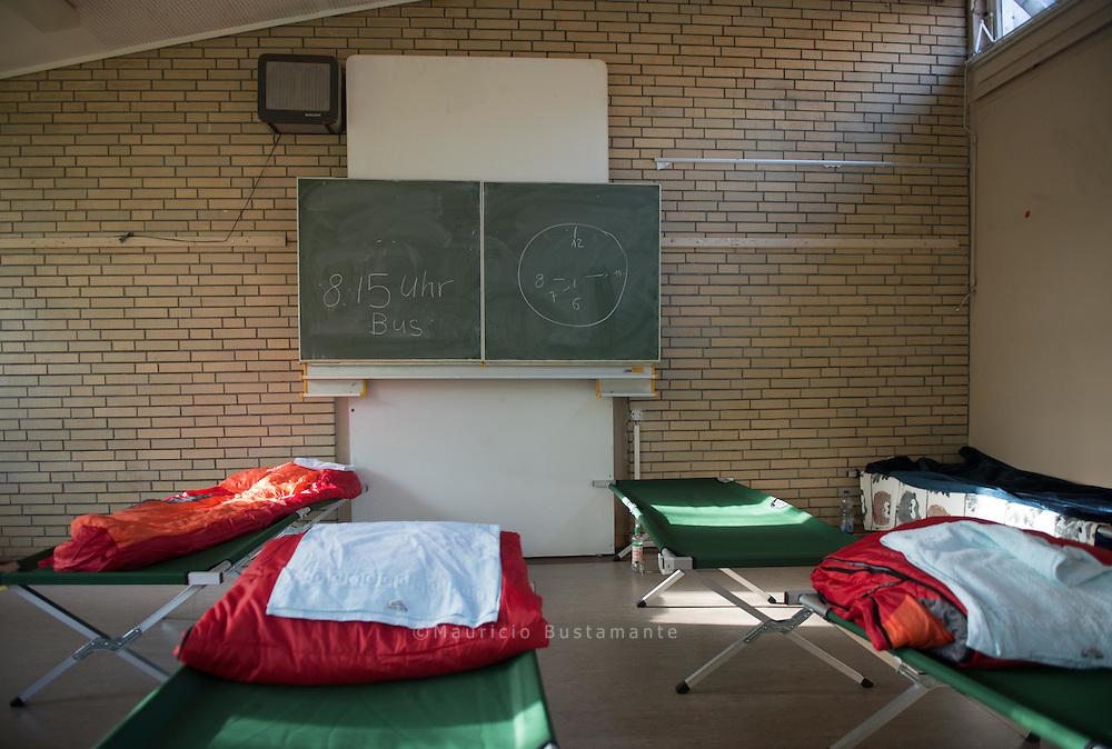 In einer ehemaligen Schule in Horn wurde eine neue Winter-Notunterkunft ge&ouml;ffnet.<br /> Vor allem Bulgaren, Rum&auml;nen und Afrikaner fi nden dort einen Erfrierungsschutz.