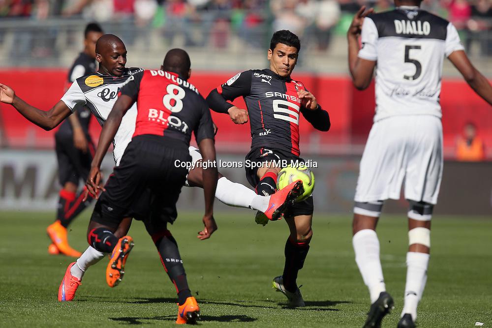 Benjamin ANDRE / Younousse SANKHARE - 12.04.2015 - Rennes / Guingamp - 32eme journee de Ligue 1 <br />Photo : Vincent Michel / Icon Sport