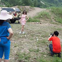 BEIJING, JUNE 24, 2013 :   Mitglieder  des Elite Clubs fotografieren sich gegenseitig. . Li gruendete den Club vor einem Jahr . Mitglieder koennen nur per Einladung beitreten und muessen ein gewisses Einkommen nachweisen koennen.