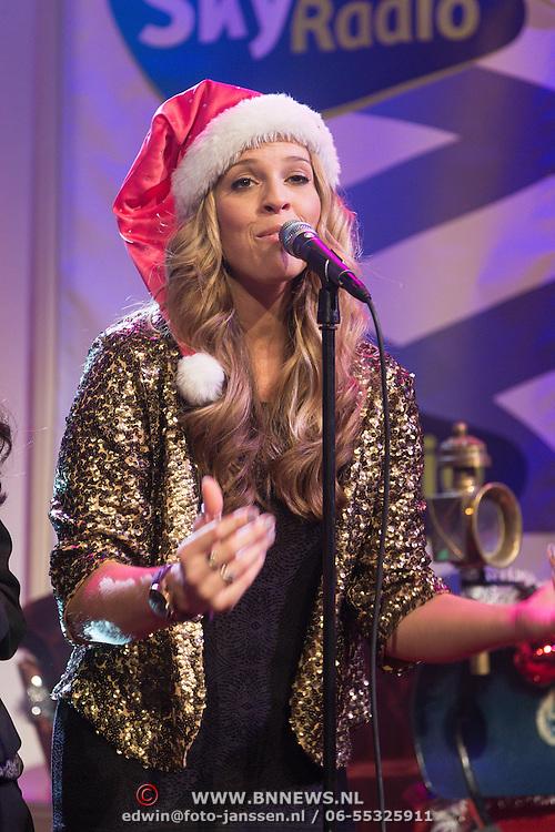 NLD/Hilversum /20131210 - Sky Radio Christmas Tree For Charity 2013, Jennifer Lynn