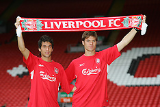 040825 Liverpool sign Alonso & Garcia
