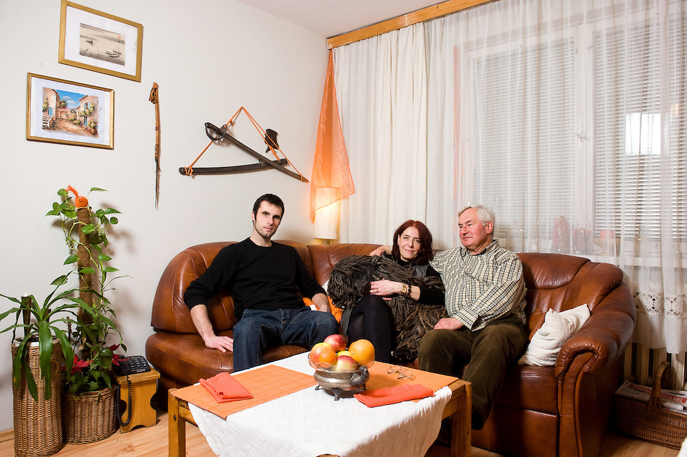 Iwona 58, Antoni 71, Mateusz 26 <br />
