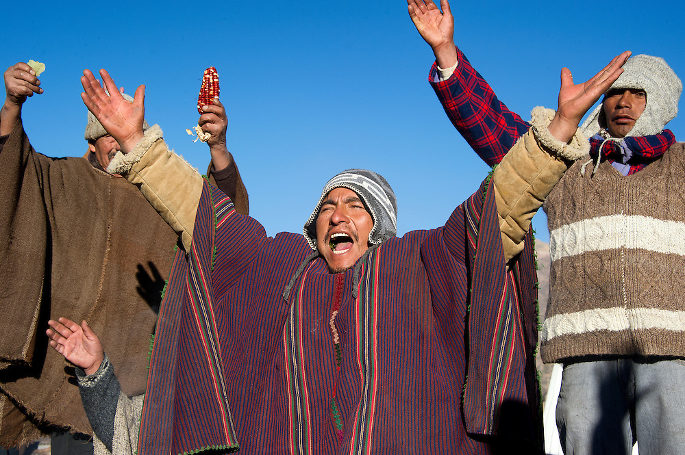 Today, it was the longest day in my country and the shortest here in Argentina. I was lucky to be invited to photograph the 'Inti Raymi', a celebration in Tilcara (province Jujuy) which marks the beginning of the indigeneous New Year, the beginning of a new agricultural cycle. A celebration of the return of the sun ('El retorno del Sol'). Carefully selected seeds and 'food items' were presented to the sun, in the hope the next agricultural year will be a good one.