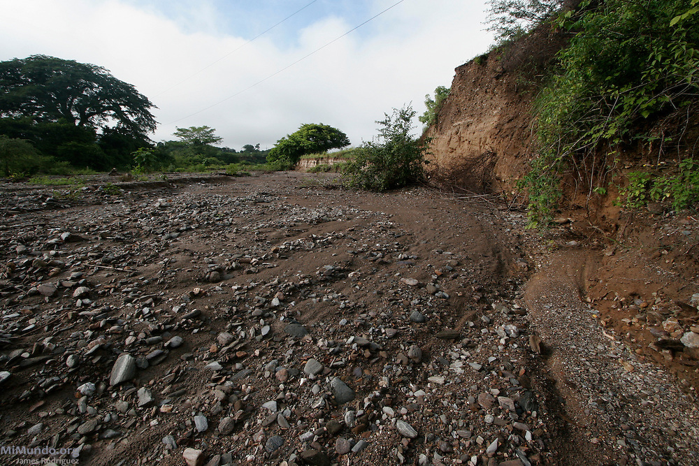 Goldcorp's San Martin Gold Mine in Honduras' Siria Valley uses roughly 200,000 liters of water per hour in a region known for water shortages. According to the Environmental Committee of Siria Valley, within the mine's first seven years of operation, 19 of the local 23 rivers and streams have dried up. El Pedernal, El Porvenir, Francisco Morazán, Honduras. August 18, 2007.