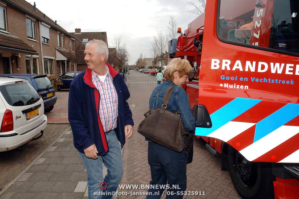 NLD/Huizen/20060406 - Afscheid Hans Horstmeier van de Huizer brandweer