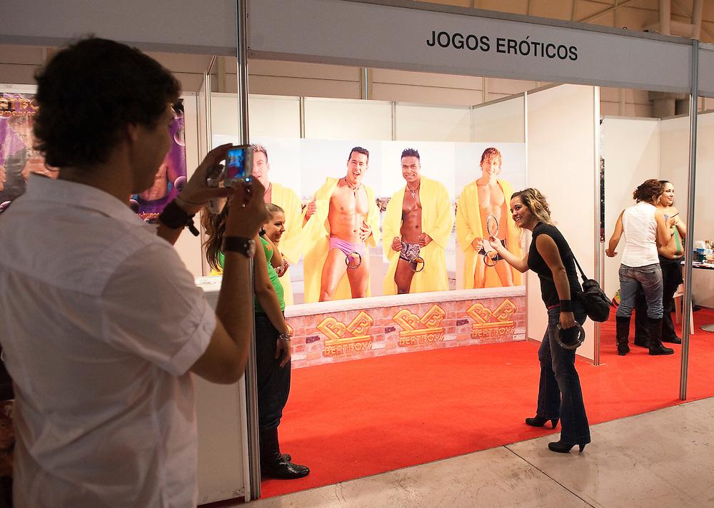 No Salão Erótico de Lisboa, 2009. At Lisbon Erotic Show.